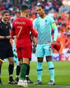 Liverpool Fc, Liverpool Football Club, Cristiano Ronaldo Body, Cr7 Ronaldo, Soccer Post, Ronaldo Football, Virgil Van Dijk, Lionel Messi, Fc Barcelona