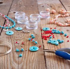 Atelier création de bijoux originaux. Créez vos bijoux pour les porter au quotidien ou pour une occasion spécifique : mariage.. avec Virginie Barray Bijoux BARRES  à Chabestan     www.bijoux-barres.fr