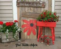 """Colors on my porch; Love the painted flower- could paint on the trellis that faces the """"chicken feeding area"""" off the side of the porch."""