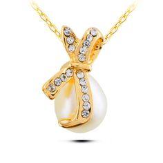 Poze Lantisor auriu cu pandativ in forma de perla Gold Necklace, Jewelry, Bead, Gold Pendant Necklace, Jewlery, Bijoux, Schmuck, Jewerly, Jewels