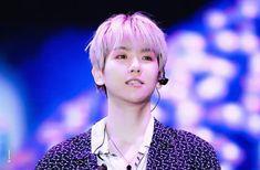 (180623) #BAEKHYUN @ Lotte Family Concert #EXO #WEAREONE #LOTTEFAMILYCONCERT #엑소  #시우민 #xiumin #수호 #suho #레이 #lay #백현 #baekhyun #찬열 #chanyeol #디오 #do  #첸 #chen #카이 #kai  #세훈 #sehun
