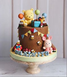 Adorable Winnie the Pooh and Piglet Birthday Cake made by Duchess Cakes and Bakes Best Picture For Birthday Cake for him For Your Taste You are looking for something, and it is going to tell you exact Winnie Pooh Torte, Winnie The Pooh Birthday, Baby Shower Desserts, Baby Shower Cookies, Baby Birthday Cakes, Cake Baby, Birthday Presents, Birthday Cake For Kids, Birthday Ideas