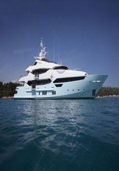 THE SUNSEEKER 155 Yacht