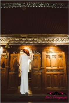 art deco wedding inspiration, gold, black, white, red hair bride, Photos: BdG Photography - www.beatrice-dg.com