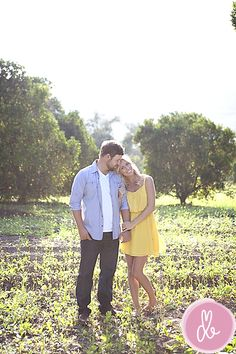 couples pose | cute outfits - both looking at camera for cards