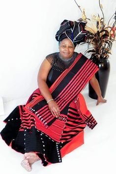 Xhosa Attire, African Attire, African Wear, African Fashion Traditional, Traditional Clothes, African Dresses For Women, African Fashion Dresses, African Print Fashion, African Prints