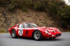 Produite en seulement 39 copies, la Ferrari 250 GTO est une sportive équipée du fameux V12 de la mar... - Ferrari