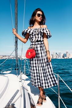 Image Via: VivaLuxury in the Gingham Picnic Top
