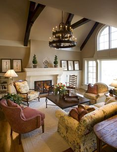 Is this not THE most gorgeous living room EVER? Warm Paint Colors Living Room Design, Pictures, Remodel, Decor and Ideas - page could totally do this in my living room! it looks just like mine! Warm Paint Colors, Paint Colors For Living Room, Wall Colors, French Country Bedrooms, French Country Living Room, Southern Living, Family Room Design, Family Rooms, Family Den