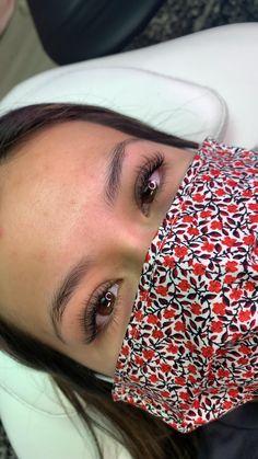 Natural Looking Eyelash Extensions, Eyelash Extensions Classic, Best Lash Extensions, Perfect Eyelashes, Natural Eyelashes, Best Lashes, Makeup Tips, Hair Makeup, Lash Room