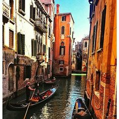 World Cities, Vacation Trips, Boat, Eyes, City, Travel, Venice Italy, Dinghy, Viajes