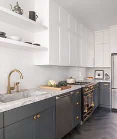 The Dreamiest Small Kitchens on All of the Internet — Kitchens from Santa #interiorforinspo #interiordecorating #interiordesign #soulfulhome #furniture #PracticalDesign #moderninteriordesign  #Accessories #fromwhereIstand #NashvilleInteriorDesign #Soulfulhome