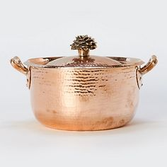 Each Hand-Hammered Copper Saucepan is made from an exclusive Italian design, using sheets of copper lined with virgin tin and topped with riveted bronze handles. I love it and guess what? Copper pans make great candy! Copper Pots, Copper Kitchen, Hammered Copper, Kitchen Dining, Kitchen Stove, Bronze, Kitchenware, Tableware, Serveware