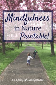 Mindfulness in Nature {Free Printable Nature Walk Scavenger Hunt} - Look for Little Helpers - Kids Creative Activities For Kids, Outdoor Activities For Kids, Summer Activities For Kids, Creative Kids, Parenting Memes, Parenting Books, Gentle Parenting, Parenting Advice, Walking In Nature