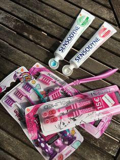 Dr.Best Zahnbürsten in der Fashion Edition sowie Sensodyne Zahnfleischschutz und Extra Frisch alles Produkte von gsk danke an Edelman.ergo 💁🏼
