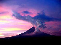 Mayon Volcano in Bicol, Philippines by Maria Luisa Roldan, via Flickr