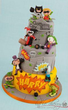 Superhero cake - oh look, I found my birthday cake *hint*