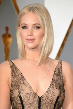 Jennifer Lawrence's Hair and Makeup at the Oscars