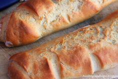 Γαλλικές μπαγκέτες μούρλια! Cyprus Food, Bread And Pastries, Greek Recipes, Burritos, Hot Dog Buns, Food Processor Recipes, Sandwiches, Recipies, Food And Drink