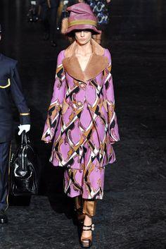 Louis Vuitton Fall 2012 Ready-to-Wear Fashion Show - Nadja Bender (OUI)