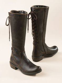 Waterproof, calf-adjustable tall boots crafted in Portugal. In smooth  leather or suede, lined in plush fleece.