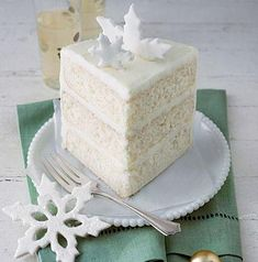 Billet's White Cake ~ We don't remember who Mrs. Billet is, but she's a cake-lover's best friend. Make her must-try white cake today. Food Cakes, Cupcake Cakes, Homemade White Cakes, Dessert Oreo, Cake Recipes, Dessert Recipes, Sweet Recipes, Frosting Recipes, Cakes And More