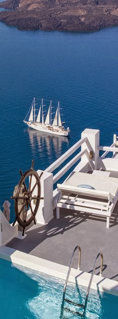One of our favorite recommendations is the luxurious and personal experience of a Windstar Cruise for our Nashville clients.