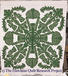 The Hawaiian Quilt Research Project, beautiful design. Hawaiian Quilt Patterns, Hawaiian Pattern, Hawaiian Quilts, Hawaiian Crafts, Hawaiian Art, Applique Stitches, Applique Patterns, Aplique Quilts, Two Color Quilts