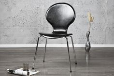 Form Stuhl Kunstleder bei Riess Ambiente