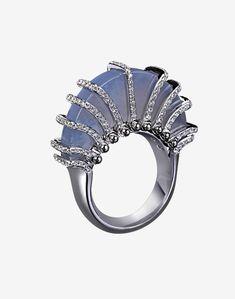 Organic From MINAWALA Jade Jewelry, High Jewelry, Diamond Jewelry, Jewelry Rings, Contemporary Jewellery, Modern Jewelry, Vintage Jewelry, Gem Diamonds, Jade Ring
