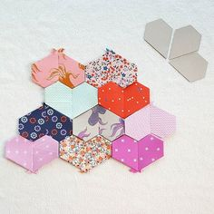 Jewel Paper Pieces – Tales of Cloth Paper Piecing Patterns, Quilt Patterns, Heart Quilt Pattern, Pinwheel Quilt, Vintage Sewing Machines, Hexagon Quilt, Tatting Patterns, English Paper Piecing, Quilting Tutorials