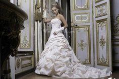 Vestiti da sposa per un matrimonio romantico