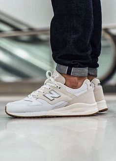 designer fashion 5070f 57eb9 New Balance 530 Cream Sneakers Outfit Men, Best Sneakers, White Sneakers,  New