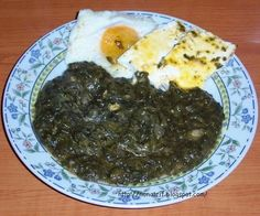 Baked eggs with spinach Stevia, Spinach Egg, The Turk, Romanian Food, Baked Eggs, Penne, Palak Paneer, Keto, Baking