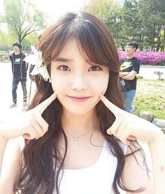 IU<3<3<3<3<3 how could someone be that flawless is the question