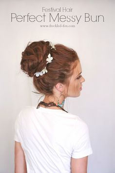 The Freckled Fox : Festival Hair Week: The Perfect Messy Bun boho look Messy Bun Hairstyles, Pretty Hairstyles, Wedding Hairstyles, Fashion Hairstyles, Homecoming Hairstyles, Style Hairstyle, Perfect Messy Bun, Messy Buns, Full Weave