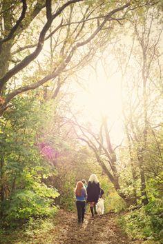 Family photoshoot in the autumn sun Photo by Jorinde Reijnierse Sun Photo, Photoshoot Ideas, Photography Ideas, Photo Ideas, Autumn, Couple Photos, Book, Painting, Inspiration