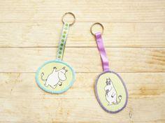Keychain key ring Moomin Muumipeikko Moomintroll Niiskuneiti Snorkmaiden green…