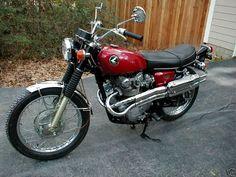 1968 Honda In pristine condition Classic Honda Motorcycles, Honda Bikes, Honda Cb, Cars Motorcycles, Honda Scrambler, Cafe Racer Honda, Cafe Racer Motorcycle, Yamaha, Classic Bikes