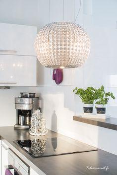 Liesituuletin Savo Star Rustic Kitchen, Kitchen Ideas, Kitchen Living, Future House, Sweet Home, Villa, Dining Room, Ceiling Lights, Interior Design