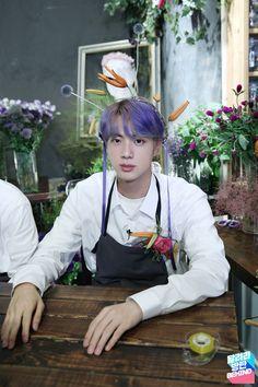 """thread of purple haired seokjin because it was a blessing"" Seokjin, Kim Namjoon, Kim Taehyung, Bts Jin, Jin Kim, Bts Bangtan Boy, Foto Bts, Bts Photo, Jhope"