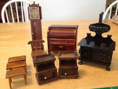 Doll House Furniture. Vintage/old Style Wooden Furniture. Lot