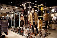 Framing ~ TOPMAN – Lakeside Displays by D1 Design & Creative, London #retail