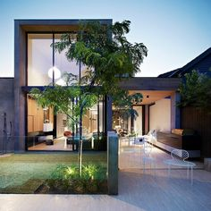 David Watson Architect recently finished this modern two-storey residence situated in South Yarra, Australia.