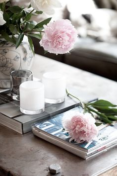 coffee table... pink flowers make everything better