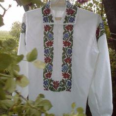 Floral Tie, Costume, Embroidery, Fashion, Moda, Needlepoint, Fashion Styles, Fasion, Drawn Thread