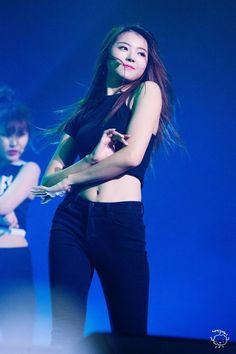 im nayoung | asian | pretty girl | good-looking | kpop | @seoulessx ❤️
