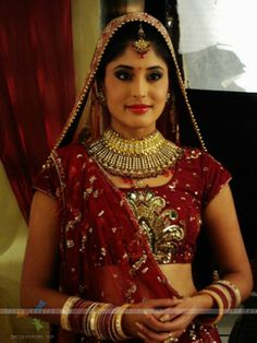 kritika kamra Indian Tv Actress, Indian Actresses, Kritika Kamra, Beautiful Bride, Beautiful Women, Costumes Around The World, Bride Costume, Bride Look, Cool Costumes