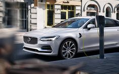 Download wallpapers Volvo S90 Hybrid, 2018, 4k, electric car, white S90, new cars, Swedish cars, electric car charging concepts, Volvo