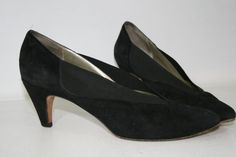 ec2d3368b7c Items similar to Vintage Sesto Meucci Black Heels on Etsy